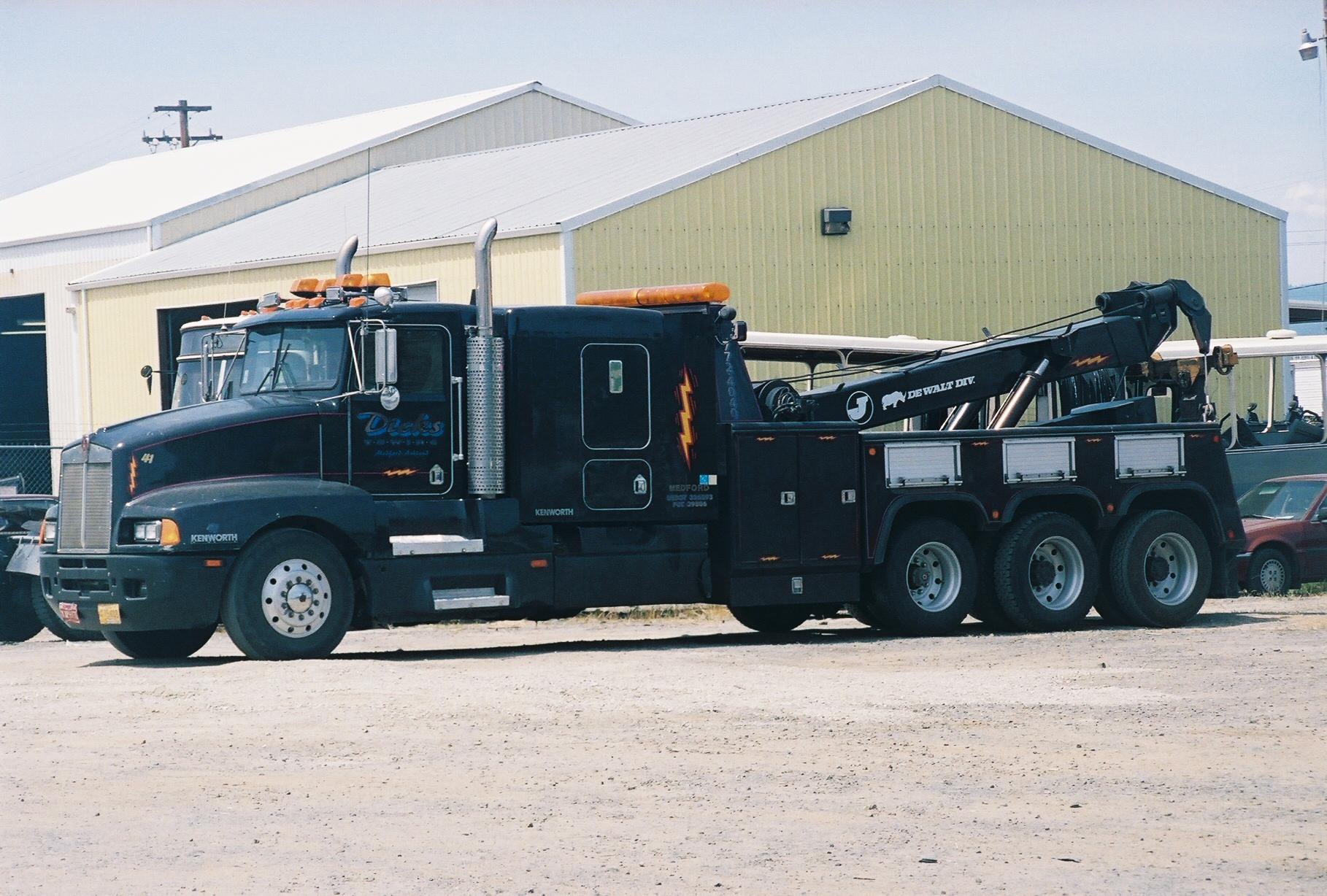 Heavy_Boom_Truck